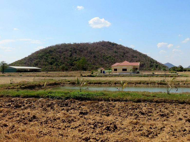 countryside-battambang-cambodia