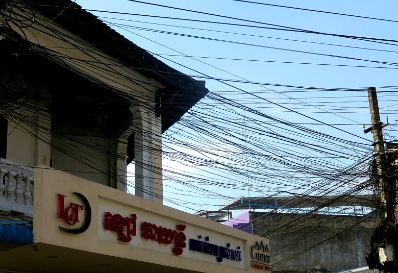 electric-cables-battambang