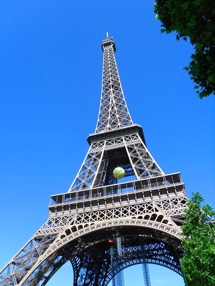 Eiffel-Tower-up-Paris